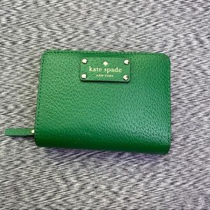 Kate Spade Kelly Green Wallet